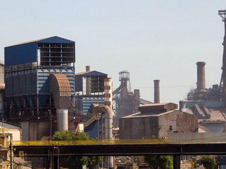 Atividade da indústria é frustrante, diz IEDI