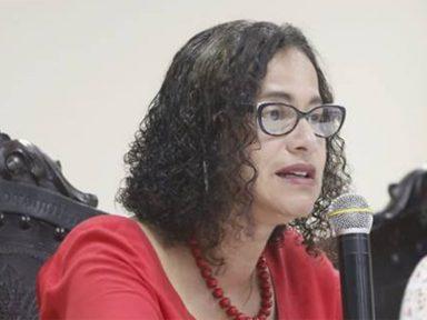 """Luciana: """"grandes frentes produziram saídas nos momentos de impasses políticos no país"""""""