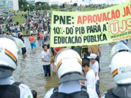 Para movimentos educacionais e estudantis, PNE que segue para apreciação na Câmara é golpe na educação pública