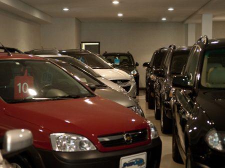 Venda de veículos cai 2,25% em agosto