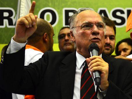 Freire: 'temos que garantir a democracia no país, as instituições e as liberdades'