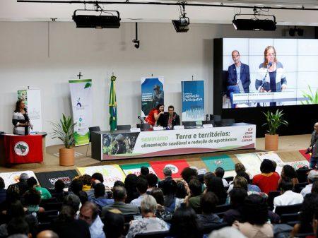 Jandira: Bolsonaro é cúmplice dos crimes ambientais no país