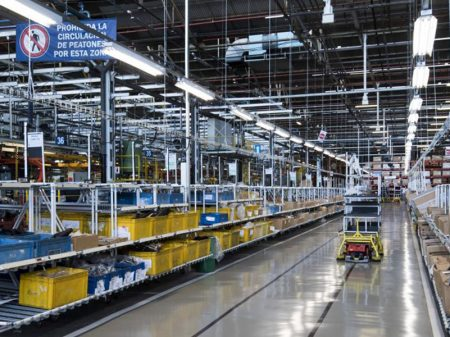 Industriais responsabilizam Macri por paralisia da economia