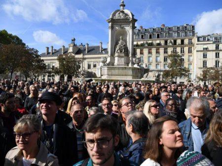 França se despede de Chirac, que se recusou a endossar a guerra dos EUA contra o Iraque