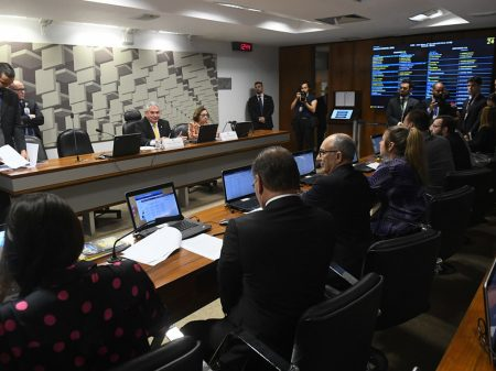 CPMI das Fake News convoca assessor e secretário de Bolsonaro