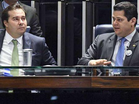 """Maia condena fala de Eduardo Bolsonaro: é """"repugnante"""" e """"passível de punição"""""""