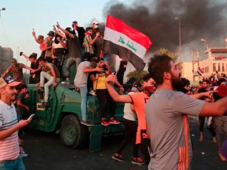 Crescem os protestos contra corrupção e desemprego no Iraque