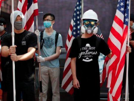 """Pequim adverte Câmara dos EUA: """"Hong Kong é assunto interno da China"""""""