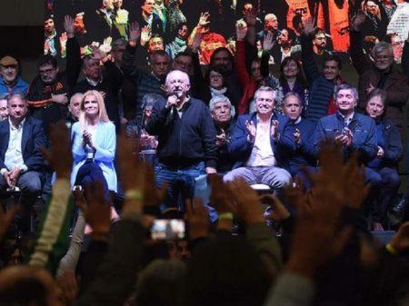 Centrais argentinas CTA e CGT respondem à devastação macrista com unificação