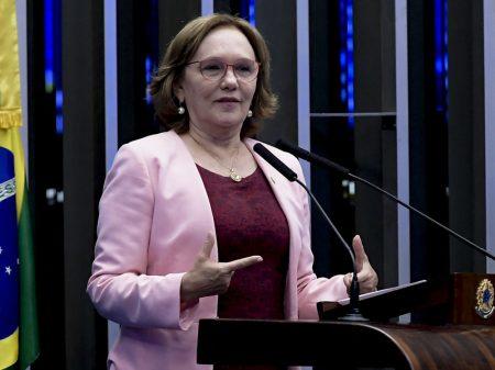 Governo massacra mulheres e trabalhadores de áreas insalubres na reforma, diz senadora