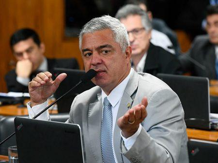 """""""Flávio Bolsonaro para mim acabou, não existe"""", disse o senador Major Olimpio"""