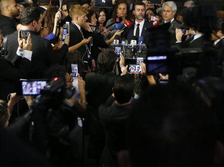 Partidos denunciam Eduardo Bolsonaro por quebra de decoro e vão ao STF