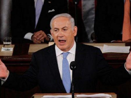 """Com pavor da cadeia, Netanyahu apela à histeria racista: """"Queimem tudo!"""""""
