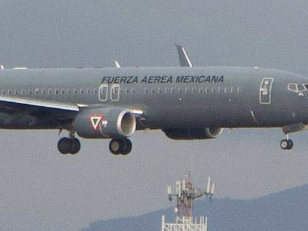 Avião da Força Aérea Mexicana se dirige ao México com Evo a bordo