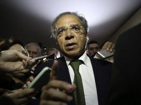 Guedes exige mais R$ 30 bi do BNDES para bancos
