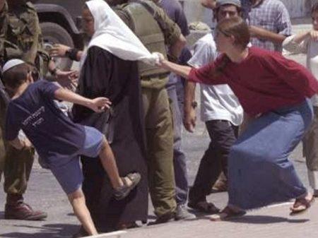 "Trump é condenado pela ONU por achar ""legal"" Israel roubar terra palestina"