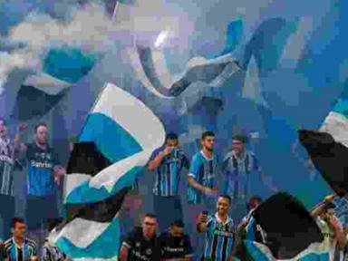 """""""Em jogo do Grêmio Bolsonaro não entra"""", adverte torcida em carta"""