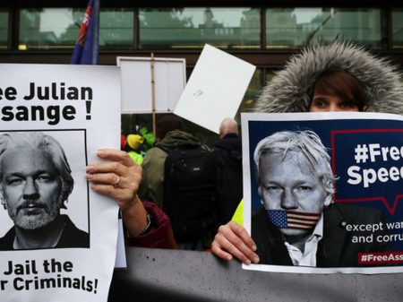 """""""Assange pode morrer na prisão"""", adverte carta de 60 médicos"""