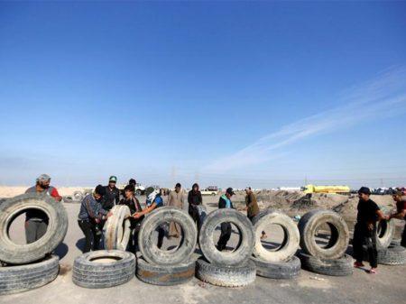 Manifestantes iraquianos bloqueiam porto próximo a Basra