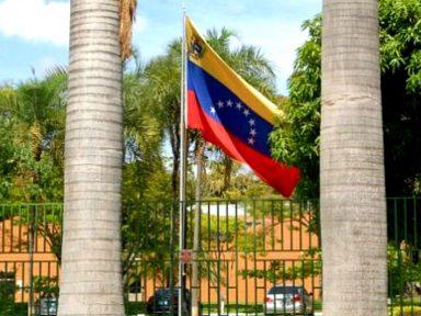 Embaixada da Venezuela é invadida por fascistas ligados a Guaidó