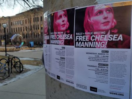 Chelsea Manning está presa  há 9 meses por negar-se a mentir contra Assange