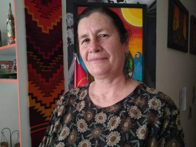 """""""Mídia incendiou Bolívia com mentiras no golpe contra Evo"""", afirma a comunicadora Dolores Arce"""