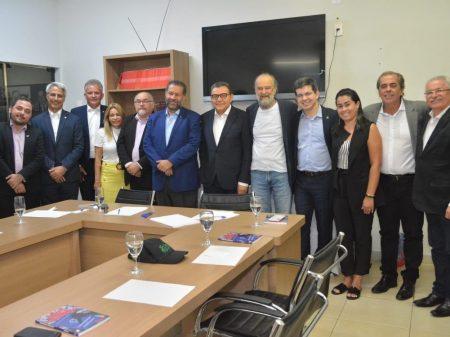 """PDT, PSB, Rede e PV reúnem-se em busca de """"caminhos para o Brasil"""""""
