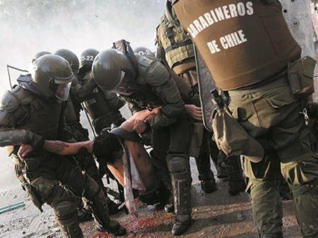 """Jornalistas chilenos denunciam Piñera:  """"milhares de presos e torturados"""""""