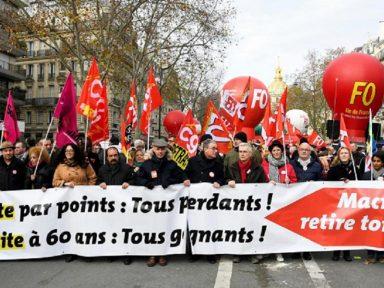 """Com 1,8 milhão nas ruas da França, CGT exige """"retirada total"""" do ataque à Previdência"""