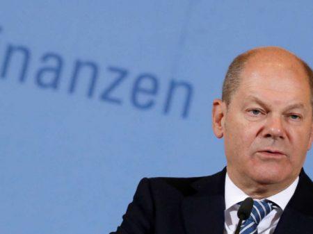 União Europeia repudia sanções ilegais de Trump ao gasoduto russo-alemão