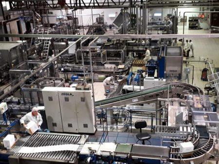 Produção industrial recua 1,1% no ano até outubro