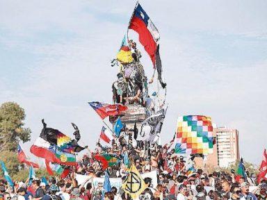Multidão ocupa Santiago aos 50 dias de protesto contra desgoverno Piñera