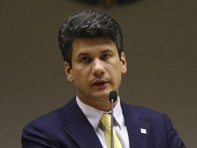 Prioridade é privatizar tudo, diz Montezano