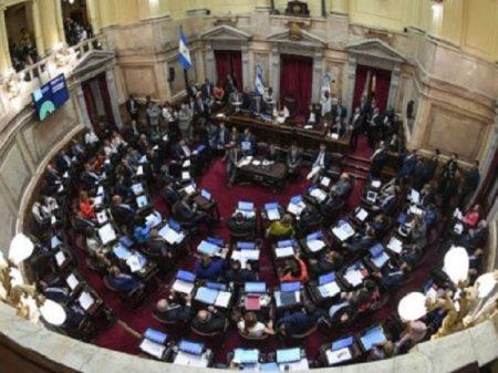 """Senado argentino aprova lei de """"Emergência Solidária"""" no combate à pobreza"""