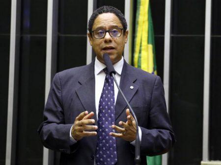 Orlando cobra apuração e punição exemplar contra os abusos em Paraisópolis