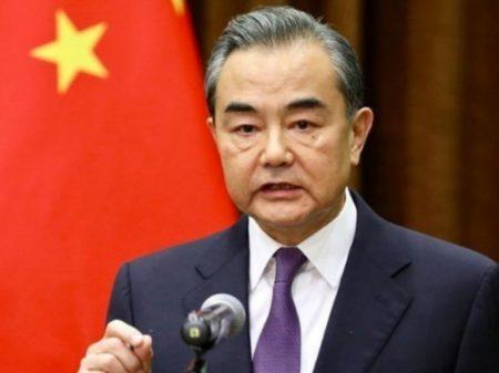 """""""Os EUA devem parar de abusar do uso da força"""", adverte Pequim"""