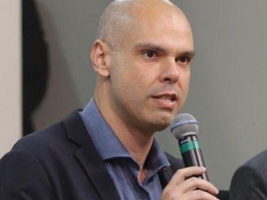 """""""S. Paulo é a cidade símbolo da luta pela democracia"""", diz Bruno Covas"""