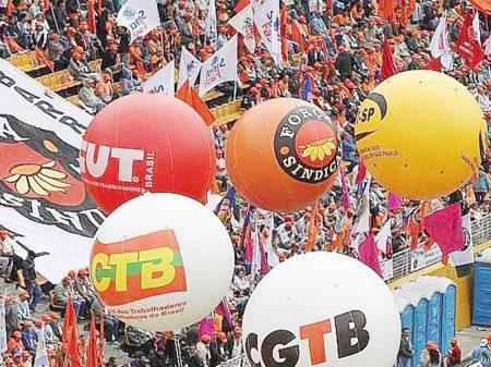 """Sindicalistas e antigos aliados questionam postura """"estreita"""" de Lula"""