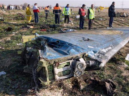 Irã refuta especulações de que Boeing foi abatido por míssil