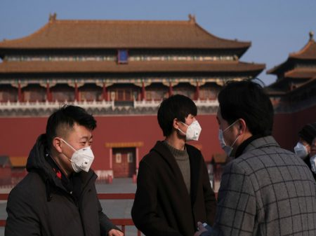 Presidente Xi Jinping convoca China a 'vencer a batalha' contra coronavírus