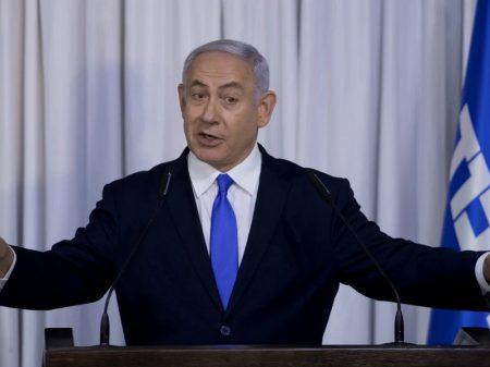 Netanyahu vai a julgamento por fraude e suborno