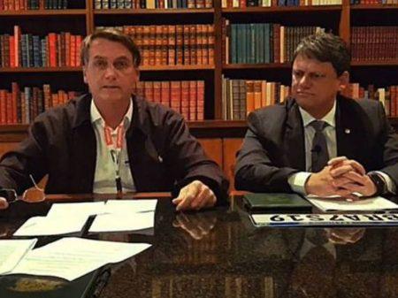 Indígenas entram com representação contra Bolsonaro por racismo