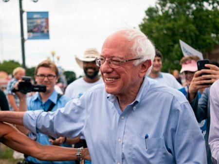 Pesquisa traz Sanders à frente para a primária democrata de Iowa
