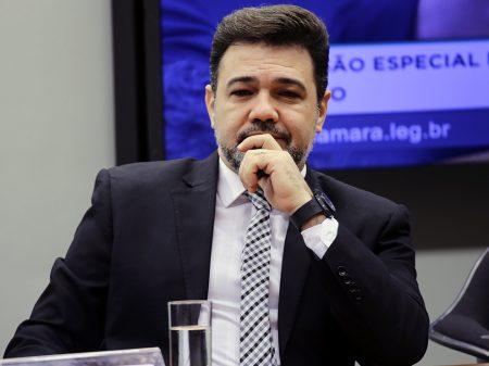 Podemos expulsa Marco Feliciano por apoio a Bolsonaro e corrupção