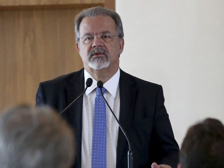 """Jungmann: """"milícias ameaçam a democracia e têm que ser enfrentadas"""""""