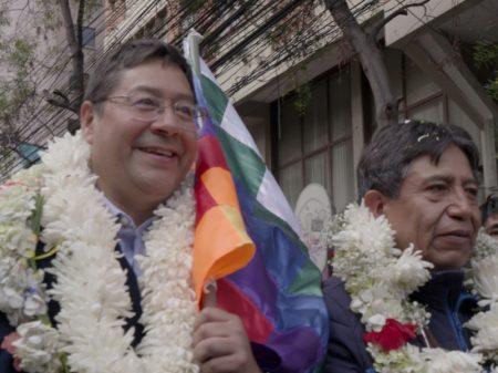 Luis Arce, do MAS, registra candidatura à Presidência da Bolívia