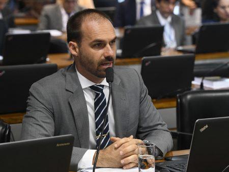 Mais de duas mil jornalistas  repudiam agressão contra colega da Folha
