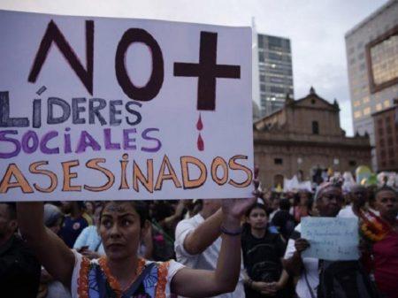 Colômbia: morte de dois líderes eleva a 44 execuções por paramilitares este ano