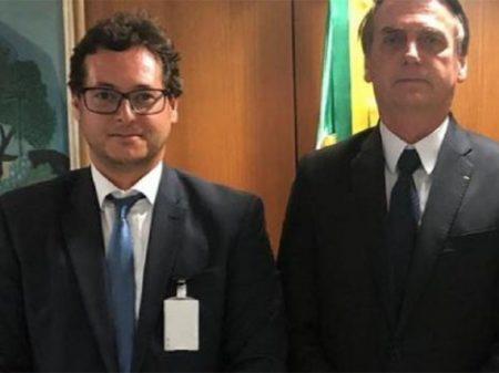 Bolsonaro apoia chefe da Secom investigado pela PF por corrupção e peculato