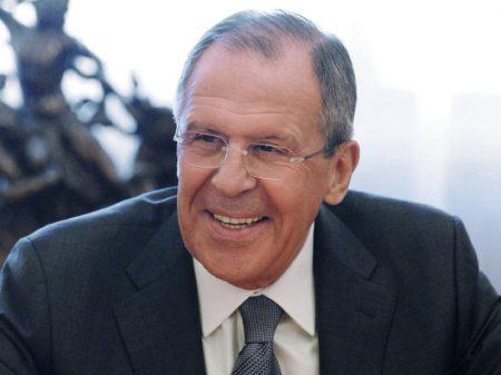 Lavrov pede à Europa que livre-se do 'fantasma da ameaça russa' e busque o que une a todos